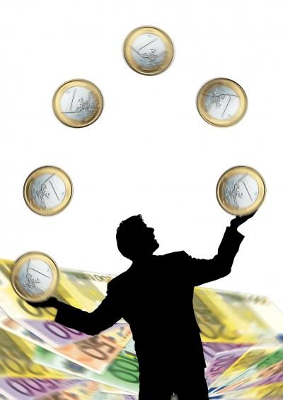 賢くお金を簡単に貯める方法であなたも今日から節約から開放
