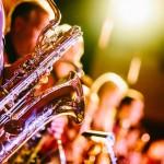 Apple Music&LINE MUSIC&AWAで来年まで音楽を聴き放題で楽しむ方法