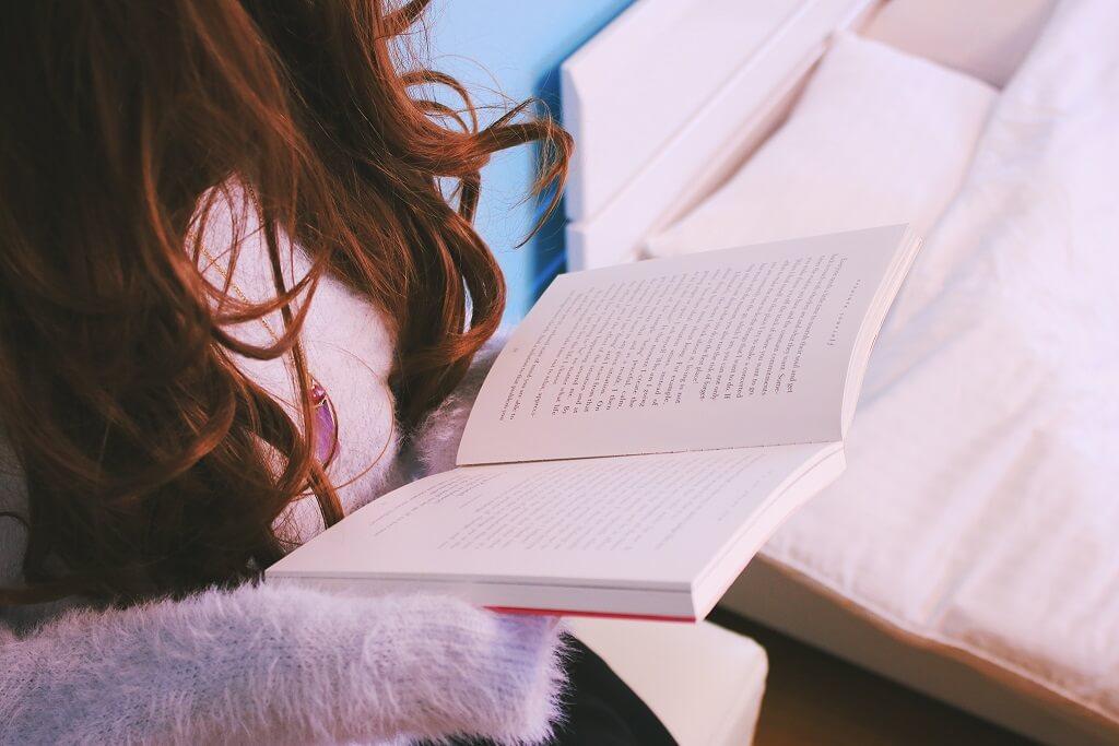 WOMAN-book